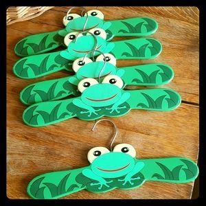 Kidorable Children's Clothes Hangers Frog set 5